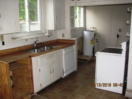 111 Forest Hill Kitchen - Copy (2)