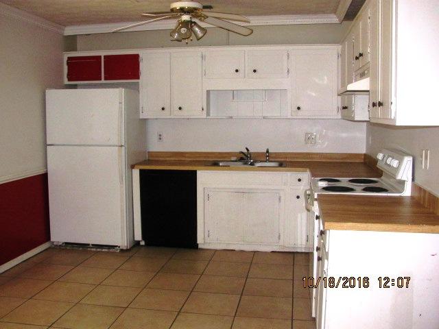 204-poplar-kitchen