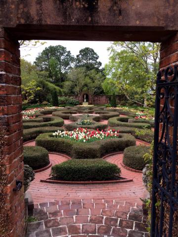 jb-new-bern-gardens