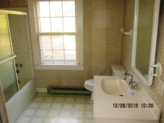 357-shell-bathroom
