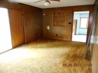 114-poplar-living-room