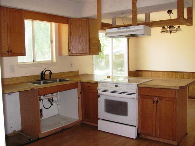107 Cypress Kitchen