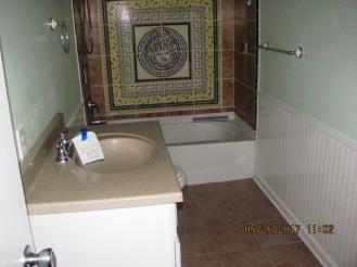 221 Sandridge Bathroom