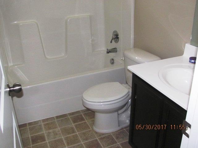 501 Hester Bathroom