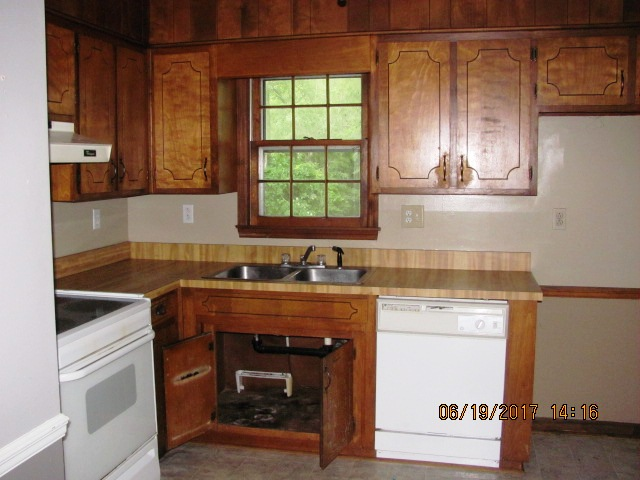 103 Woodland Kitchen