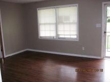 103 Woodland Living Room
