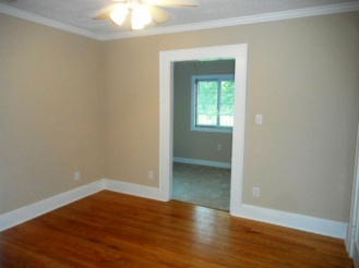 403 Neuse Bedroom 3a