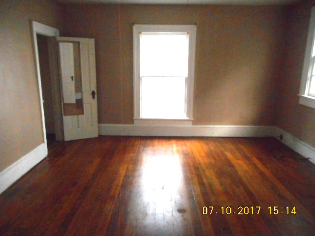 414 E 2nd Bedroom 3 View 2
