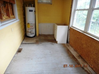 414 E 2nd Utility Room View 2