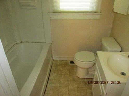 612 Watson Bathroom