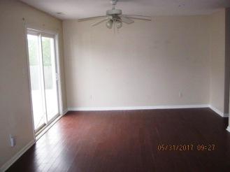 828 S Dogwood Dining Room