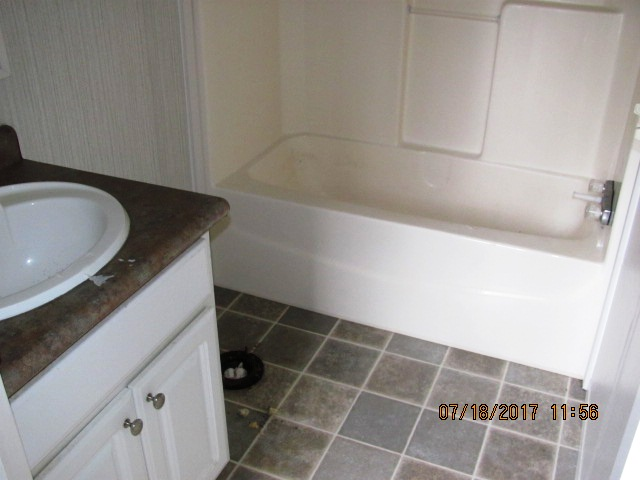 109-1 Bostic Bathroom