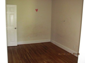 113 McMillan Bedroom 1