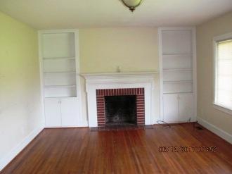 113 McMillan Living Room