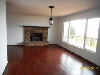 601 Blue Heron Living Room