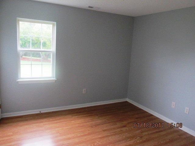 604 Courtyard Bedroom 3