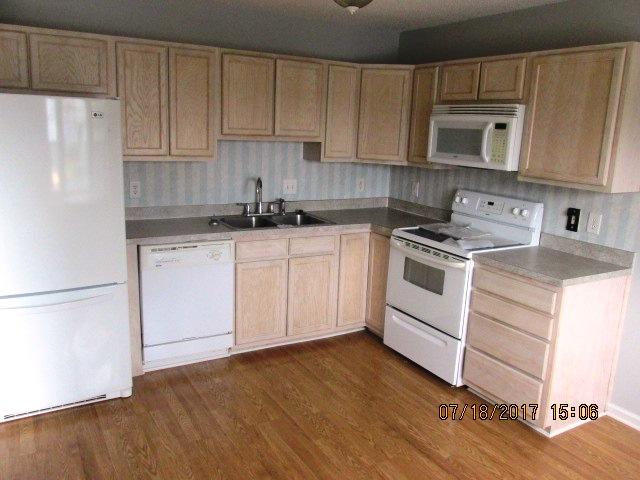 604 Courtyard Kitchen