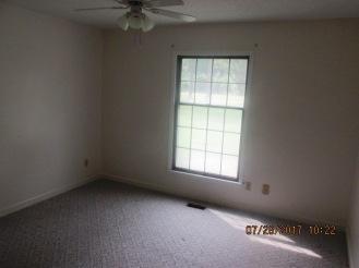 7389 Hwy 55 Bedroom 2
