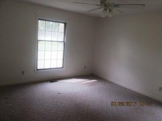 7389 Hwy 55 Bedroom 3