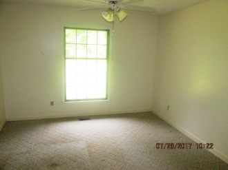 7389 Hwy 55 Bedroom 4