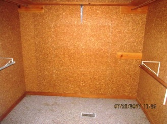 7389 Hwy 55 Master Bedroom Closet