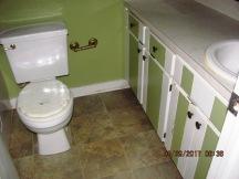 413 Forest Hills Master Bathroom