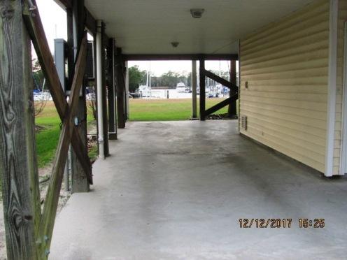 4015 Marina Townes Carport