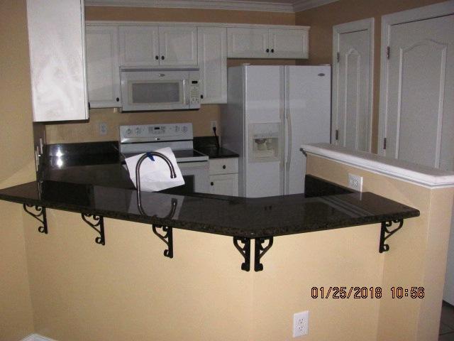 401 Jade Kitchen