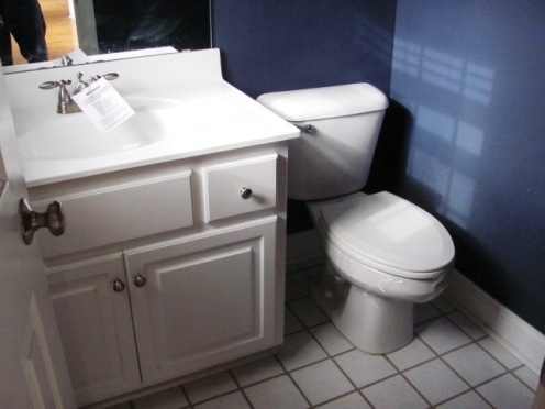 122 Twelve Oak Half Bathroom