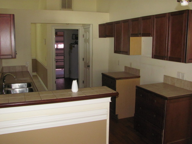 169 Country Club Kitchen