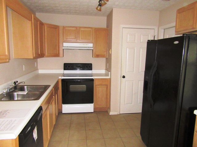 217 Lemonwood Kitchen