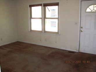 575 Wyse Fork Living Room