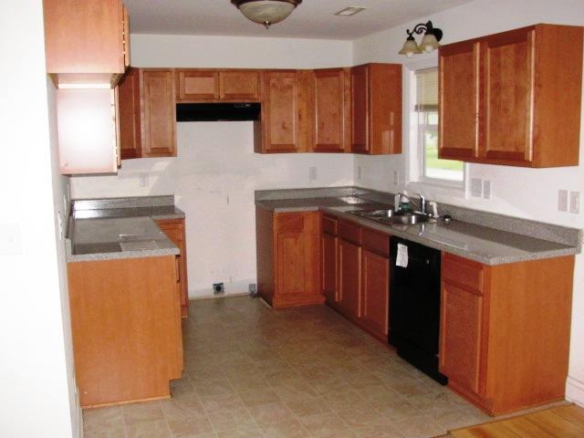 1803 Moore Kitchen