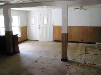 520 Sand Hill Interior 1