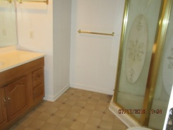101 Daniels Ct.Master Bathroom