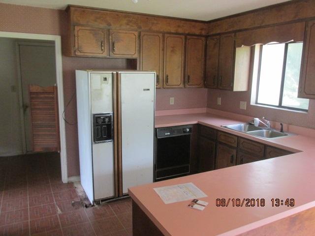 206 Hyman.Kitchen